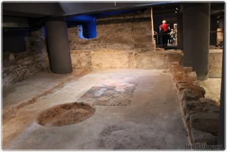 Bảo tàng dưới lòng đất về lịch sử thành phố.