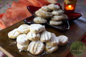 türkische Mehlkekse und Zimt-Sesam Kekse