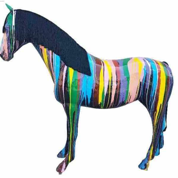 Kunst Pferd kreativ bemalt