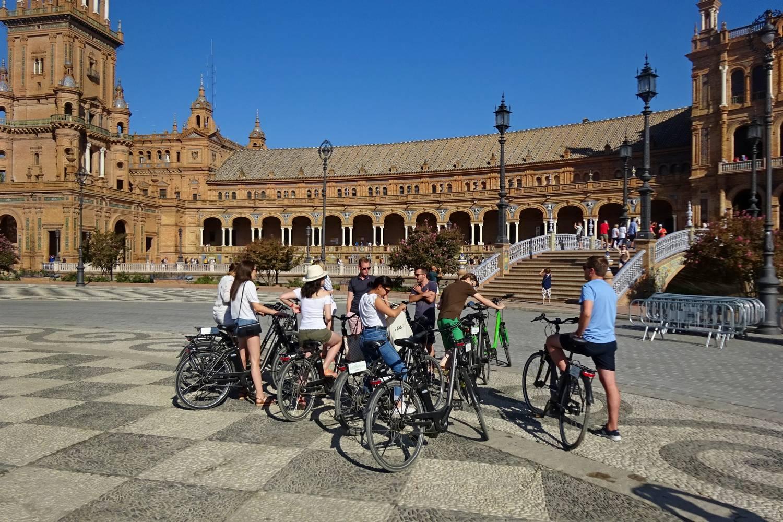 Fietsen in Sevilla met gids langs de culturele hoogtepunten