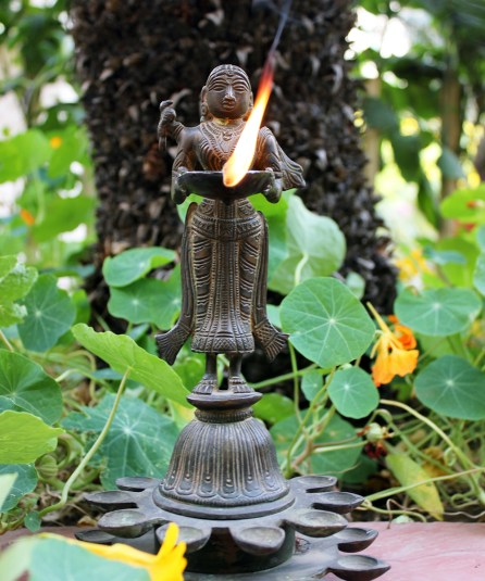 deep lakshmi 20 diyas1