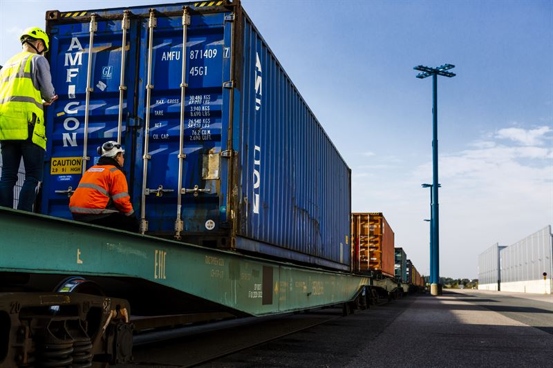 Nurminen Logistics ottaa edelläkävijänä käyttöön konttijunien hallintaj�