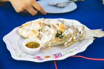 Fried whole fish with fish sauce.