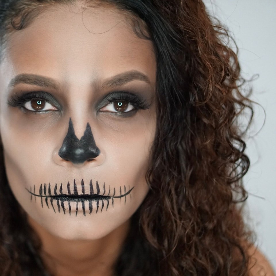 Last Minute Easy Skeleton Makeup For Halloween-Tiffany Nicole Brown