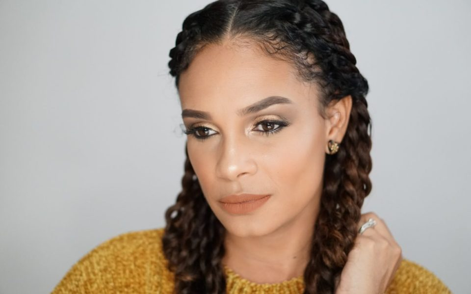You Need To Try This Gold Holiday Inspired Makeup Look-Tiffany Brown
