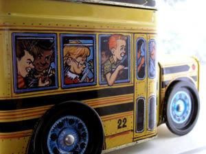 bus-1560625-640x480