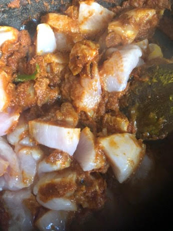 Chicken and passata in pot