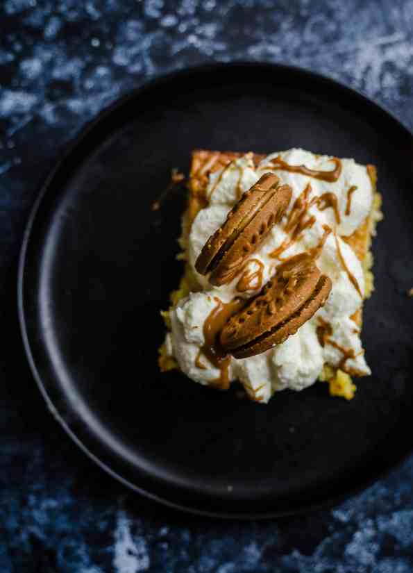 Milk cake with biscoff biscuits