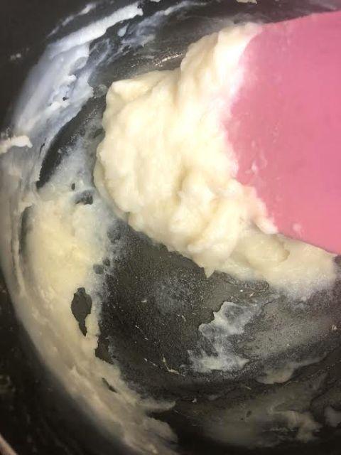 Tangzhoug mixture in pan