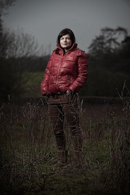 Glyn Dewis - Portrait In A Field