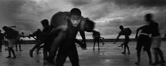 Isla, By Ernesto Bazan