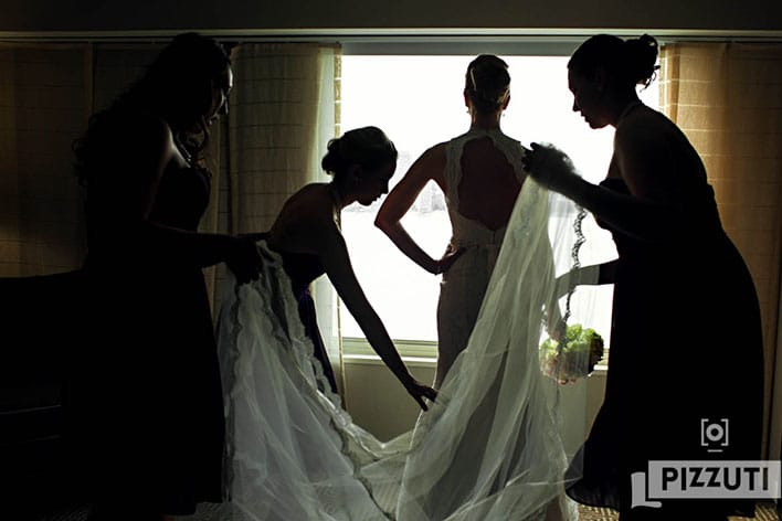 Pizzuti Photography - Bride Getting Ready