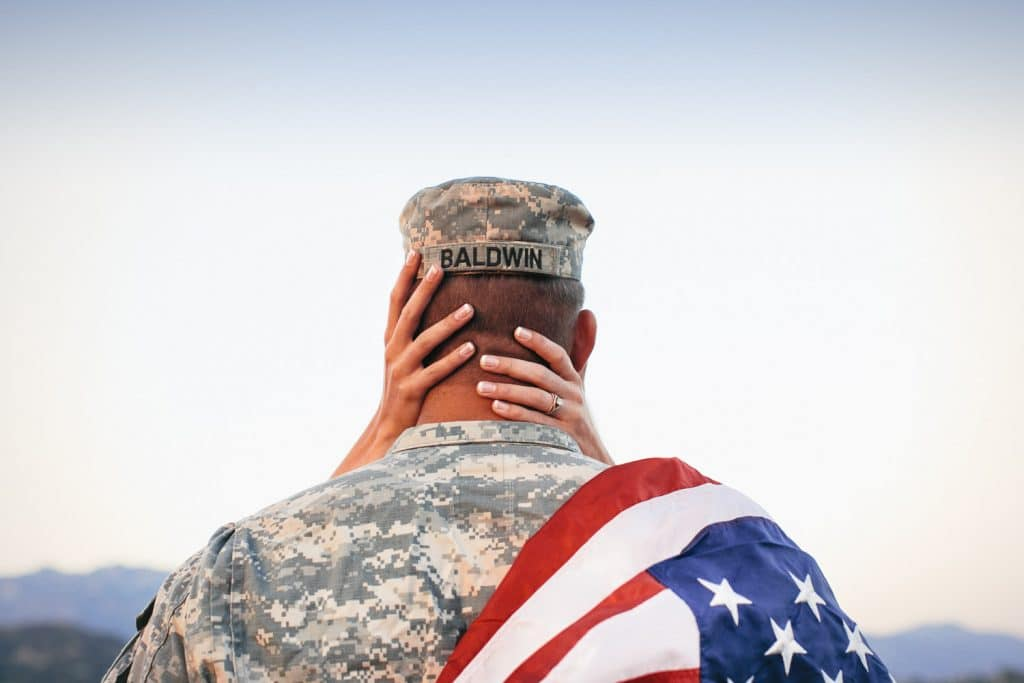 Create Client Experiences: US Soldier Embraces His Wife