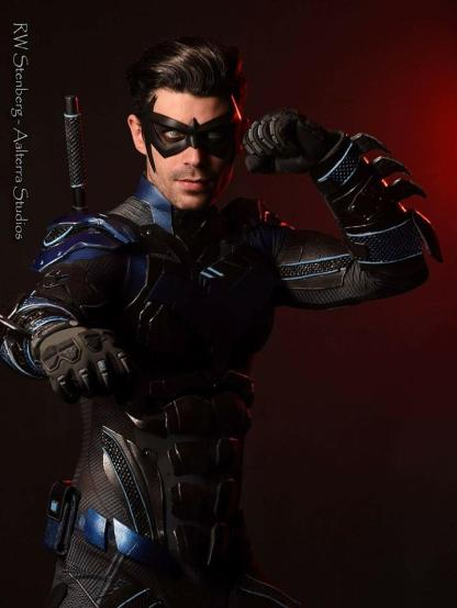 Dynamite Webber with Tiger Stone FX Nightwing mask and chest emblem - photo by Aalterra Studios
