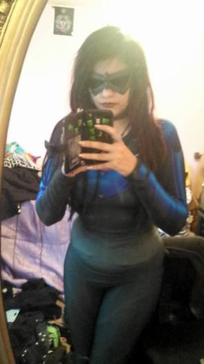 Samantha Blane with Tiger Stone FX New 52 Comic inspired Nightwing mask