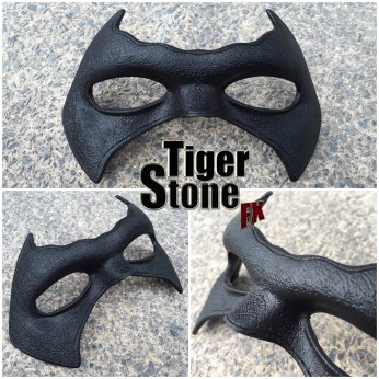 Tim Drake Robin Damian Wayne inspired mask made by Tiger Stone FX