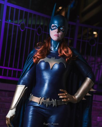 Batgirl cowl (long ears), belt, emblem and glove fins by Tiger Stone FX- worn by Whoa Nerd Alert - photo by Kryptic Frames (Sideshow Statue inspired)