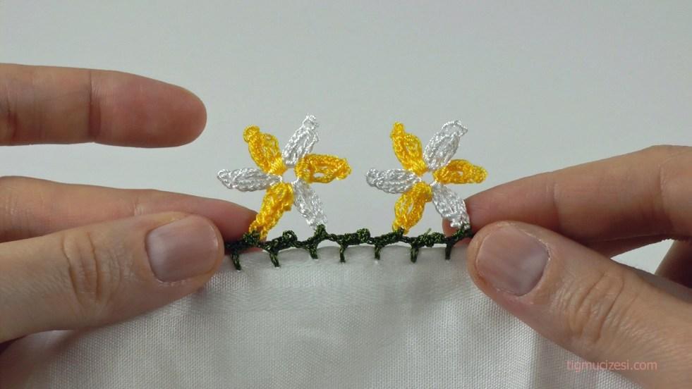6 yapraklı çiçek motifli yazma kenarı
