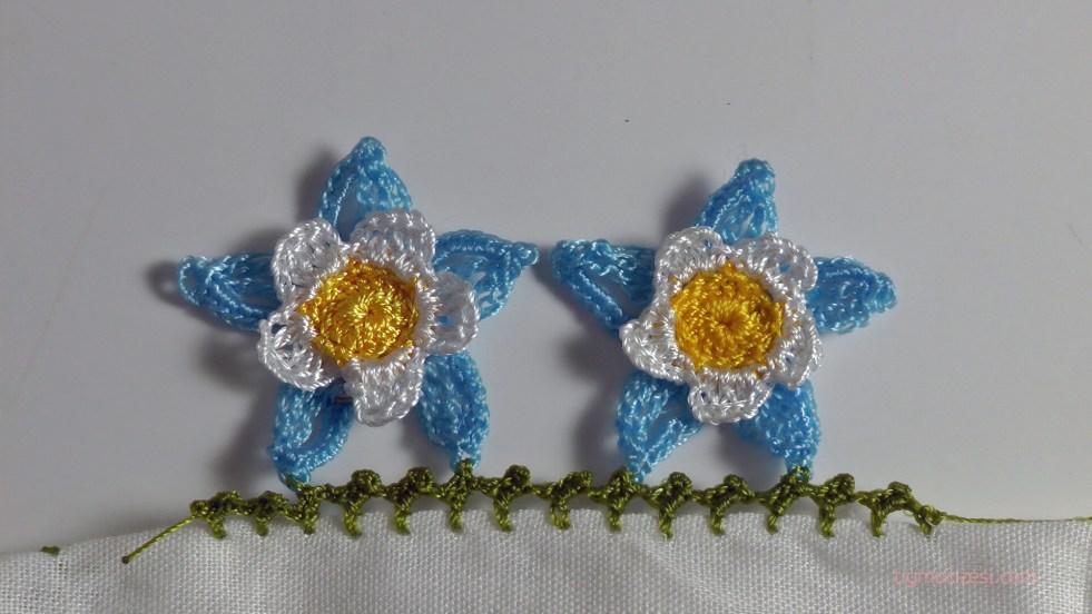 mavi kumru çiçeği motifli yazma kenarı
