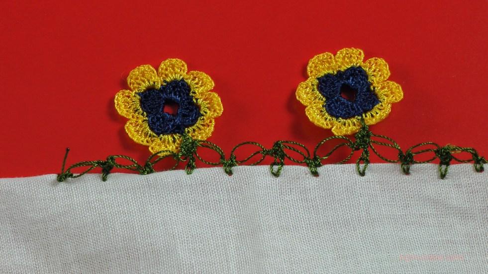 sekiz yapraklı çiçek motifli yazma kenarı
