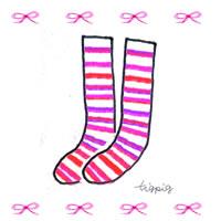 ナチュラルなピンクのストライプの靴下と小さなリボンのイラストのフリー素材:200×200pix