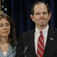 Caso del ex gobernador de Nueva York es tema de especialistas en salud mental