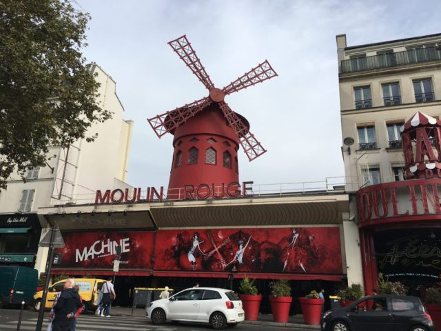 moulin rouge Paris attractions