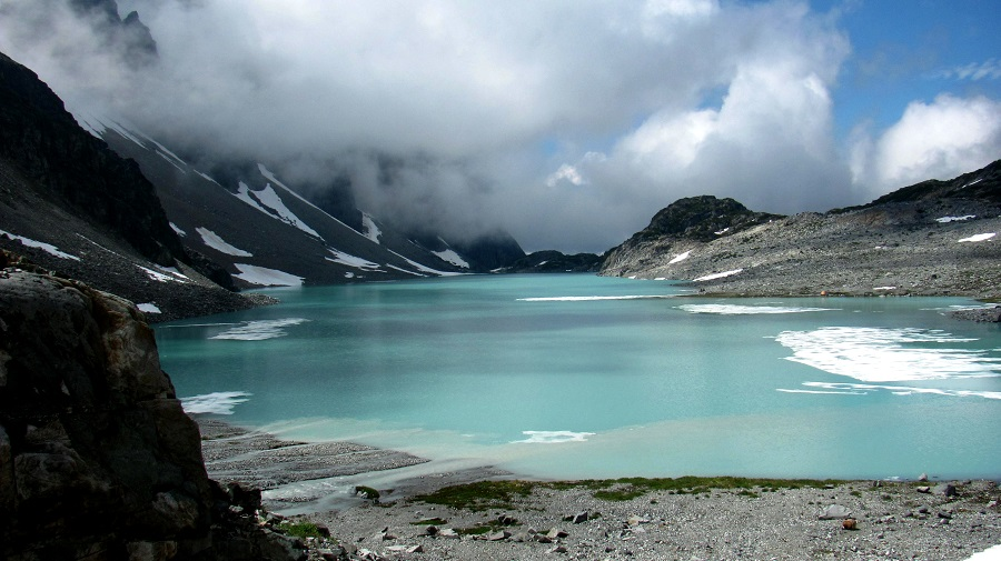 Most beautiful one day Hikes around the World