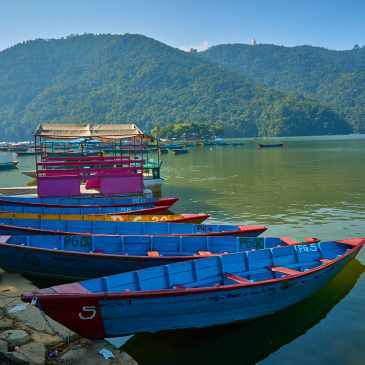 Things to do in Pokhara – Davis falls, Shanti Stupa, Phewa Lake