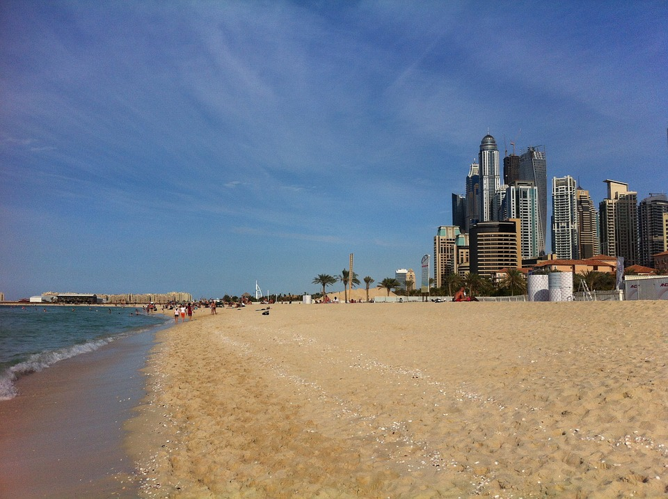 Best free public beaches in Dubai jbr marina beach