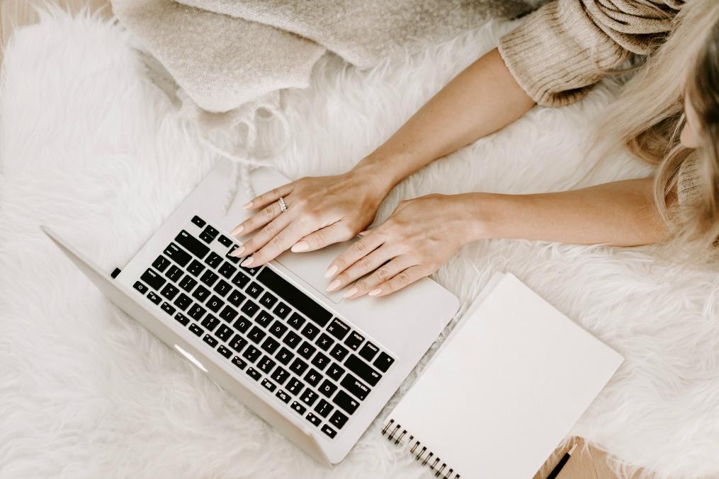 Miten yritysblogi oikeasti tuottaa rahaa