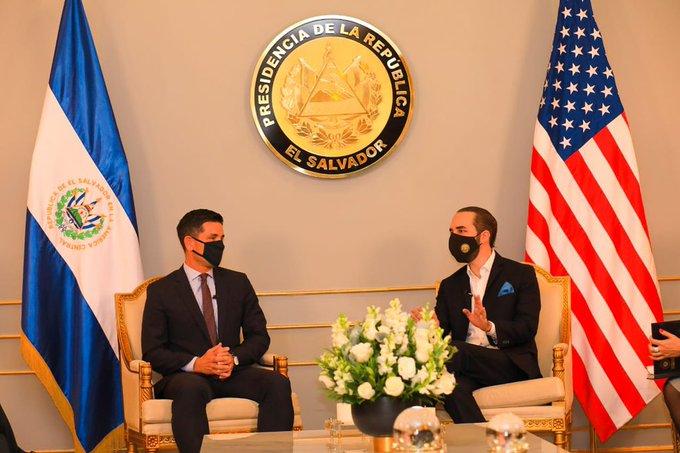 Renuevan convenio de repatriación a El Salvador