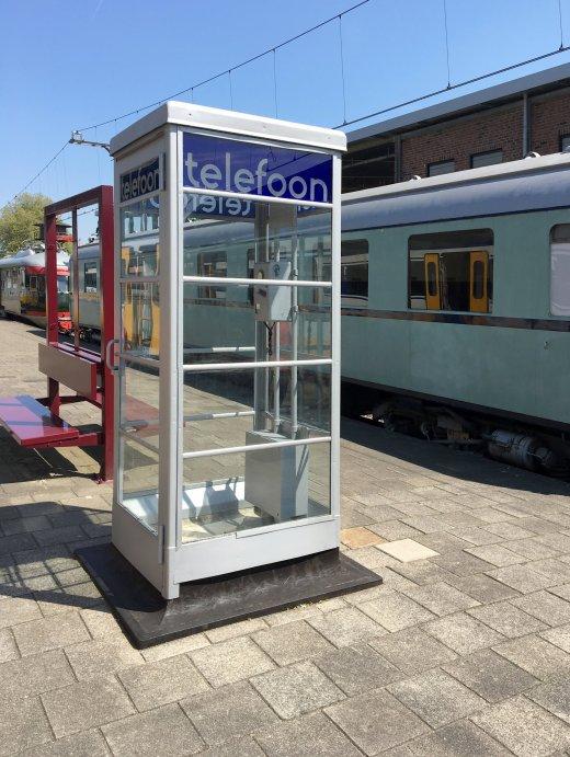 Telefooncel Spoorwegmuseum Perron