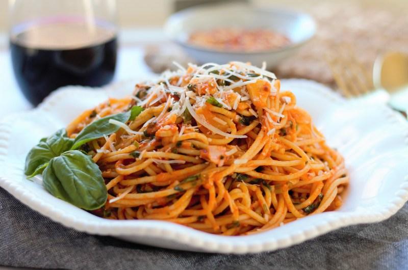 Spicy Garlic White Wine Pasta