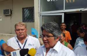 Gloria Molina Gamboa, Secretaria de Salud.
