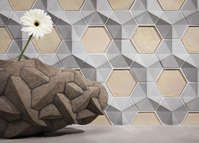 Lunada Bay Tile | Fanfare Hex in Grey Matter with Old Fashioned Latte Pearl
