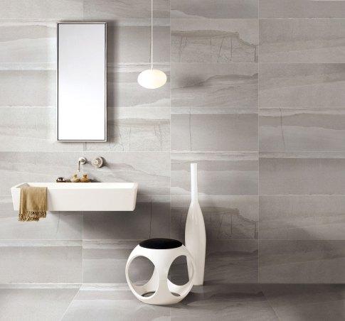Loft Manhattan porcelain tile installed in a bathroom