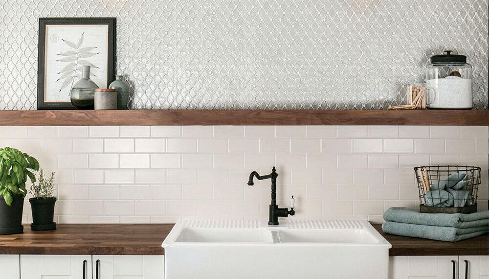 JC-51576 Petal Glass Mosaic White