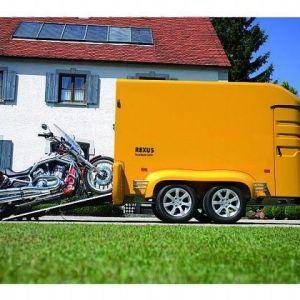 Humbaur Rexus Skaphenger gul med motorsykkel