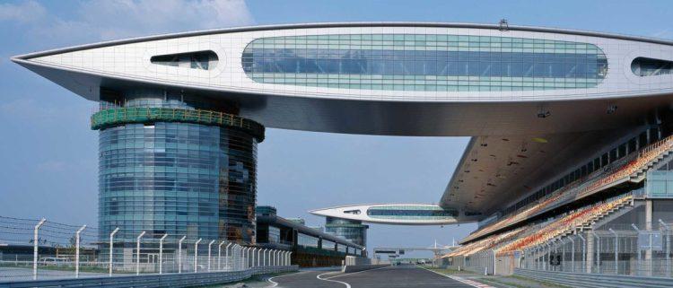 Il Gran Premio della Cina potrebbe scomparire dal calendario della Formula 1 per il terzo anno consecutivo, offrendo sia a Imola che al Paul Ricard l'opportunità di disputare gare nel 2022.