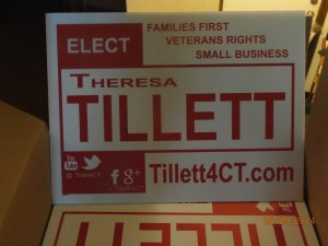 Tillett 4 CT sign open box