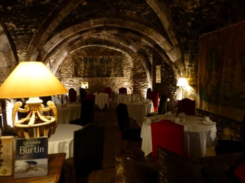 The restaurants main dining area at Abbaye de Maizieres