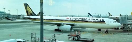 My ride from Singapore to Bangkok - SQ 972 - Airbus 330-300