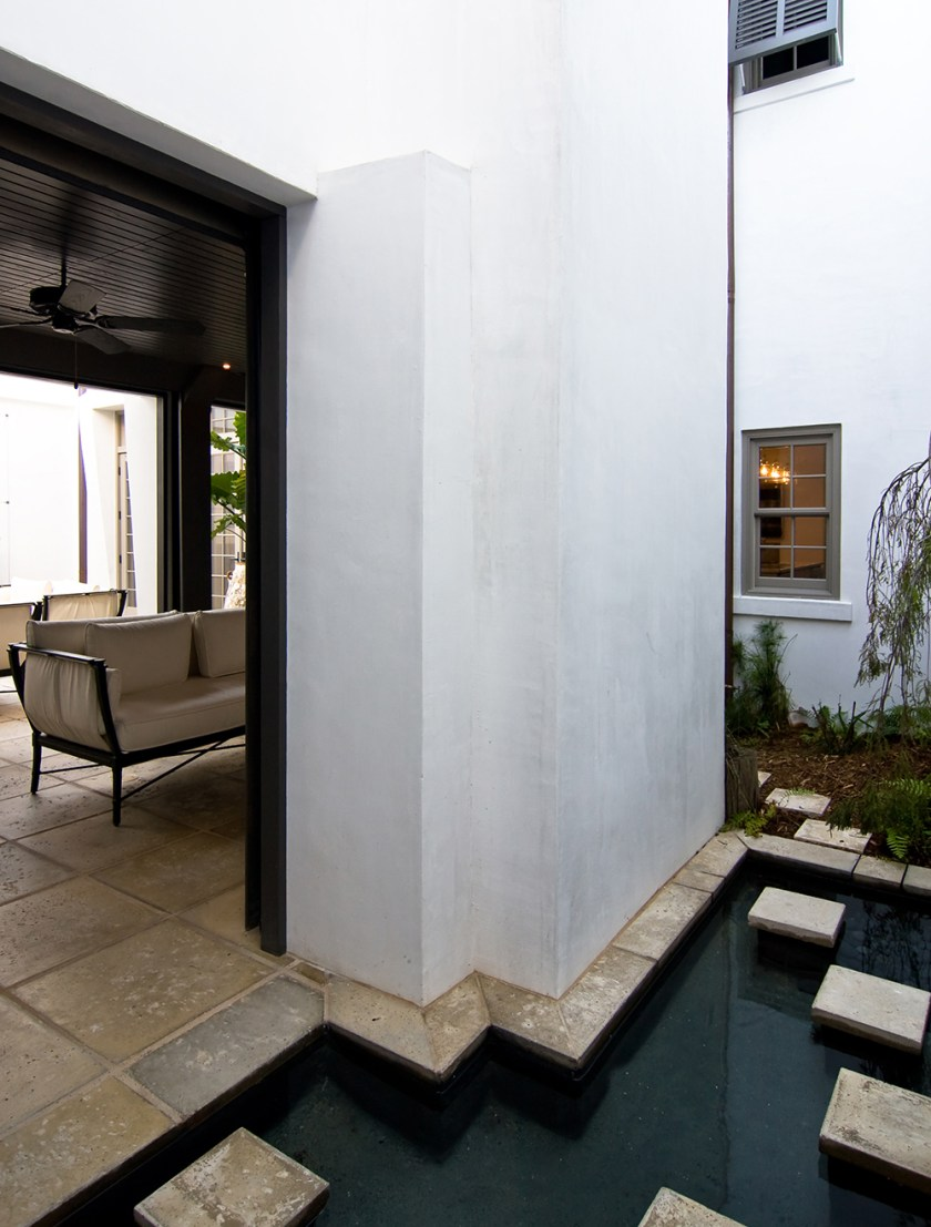 McNamara-Alys Beach House-Hogpenny Lane-Exterior-Secret Garden