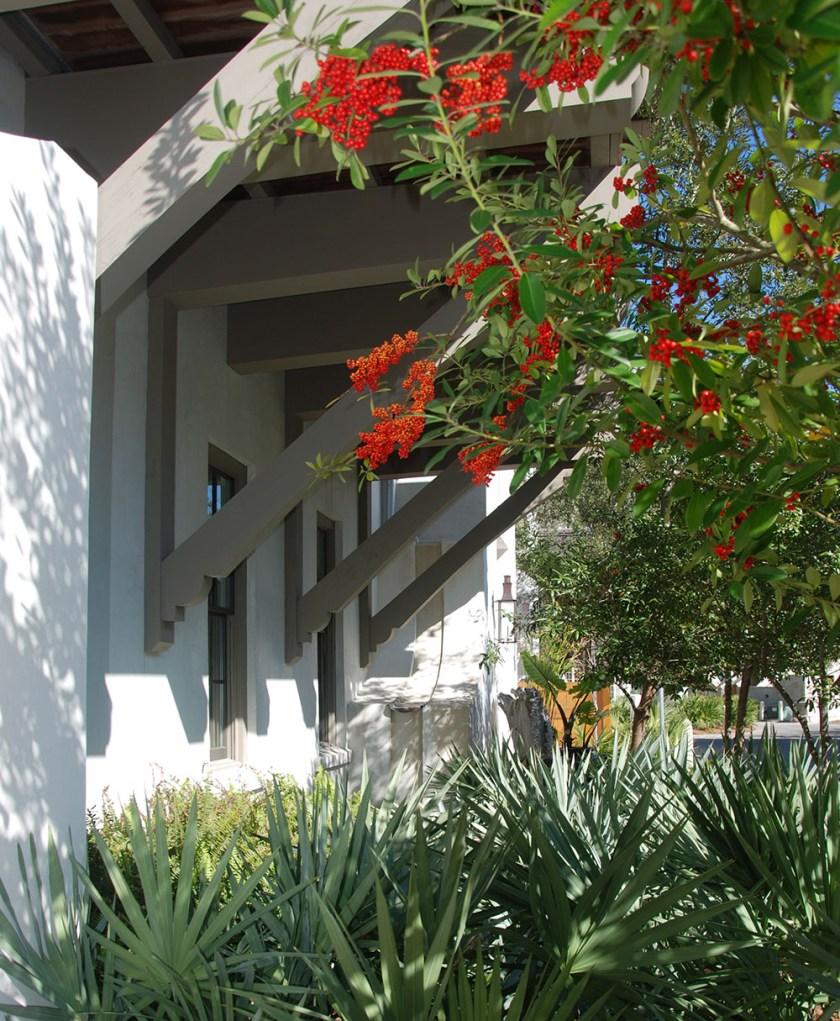 McNamara-Rosemary Beach-West Water House-Exterior-Bracket-2