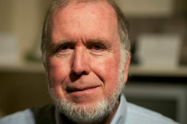 The Tim Ferriss Show: Interview of Kevin Kelly, Co-Founder of WIRED, Polymath, Most Interesting Man In The World? (#25, #26 & #27)
