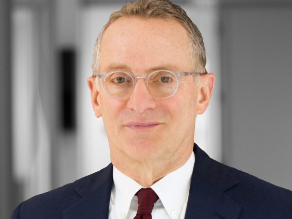 Howard Marks on the US Dollar, Three Ways to Add Defense, and Good Questions (#431)