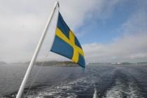 Fähre zeigt Flagge