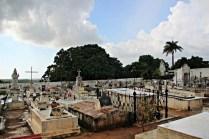 Regenpause auf dem Cementerio Católico
