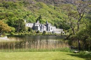 Ireland: Lakeside Castle